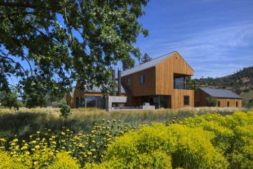 Northern California Family Retreat in California Home + Design